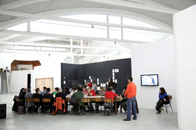 Sustainable development: Self-run maker spaces