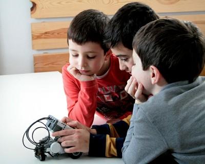 Robotix. Robotics for kids
