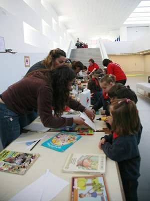 260 Asturian school children celebrates at LABoral the International Book Day