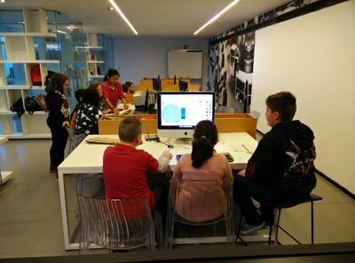 Aprender a través del diseño y la fabricación digital. AuLAB 2015-16