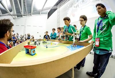 Robotix I. Aprendices de Ingeniero