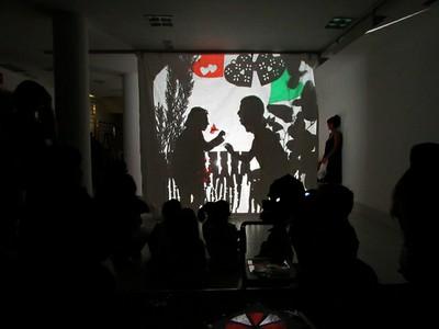 Taller de Teatro de Sombras. Luz, Micro y Punto