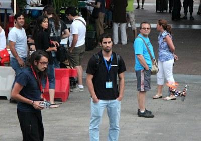 La Maker Faire de Bilbao acoge una demostración de Flone, el móvil volador ganador de Next Things 2013