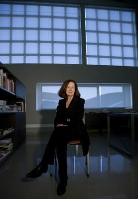 Rosina Gomez-Baeza deja la Dirección de LABoral al considerar cumplida una etapa al frente del Centro de Arte