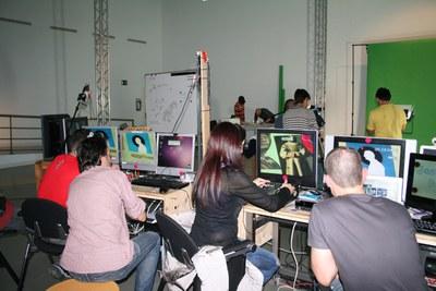 Un programa en directo pone fin a TV-LAB_Adsis, con 15 internos de las unidades terapéuticas de Villabona